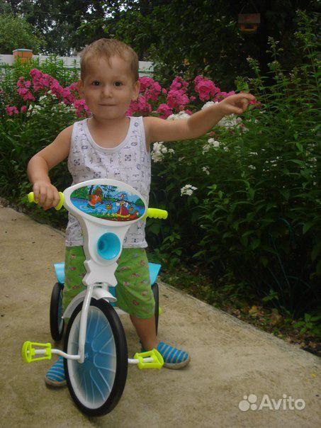 Велосипед трехколесный МАЛЫШ с кузовком.