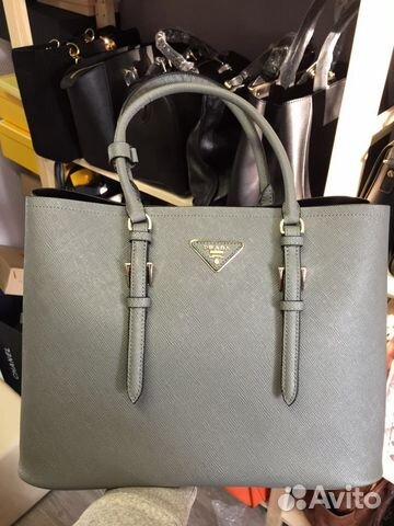 d4c4341d19ee Женская кожаная сумка Prada Double Bag серая купить в Москве на ...
