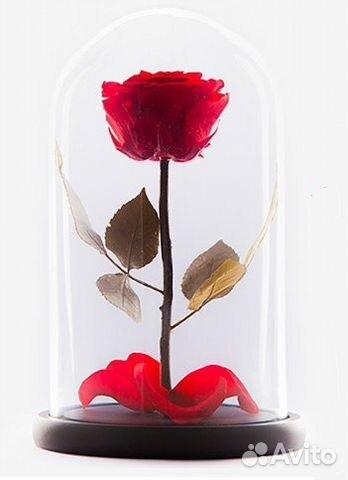 Роза в колбе из чего сделана