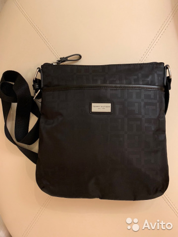 a97224863de4 Мужская сумка через плечо Tommy Hilfiger. Оригинал купить в Санкт ...