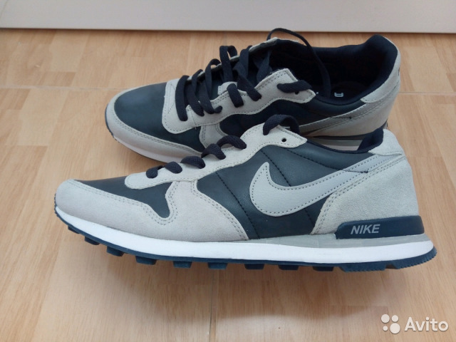 cbb498cd Новые кроссовки Nike Air (кожа, нубук) р.42 купить в Саратовской ...