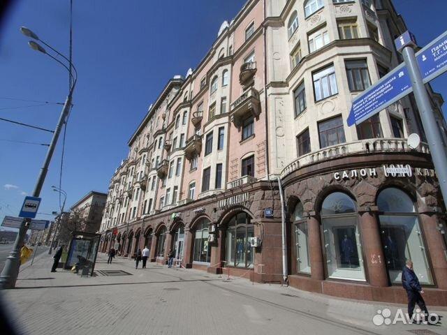 Продается четырехкомнатная квартира за 33 000 000 рублей. г Москва, Кутузовский пр-кт, д 18.