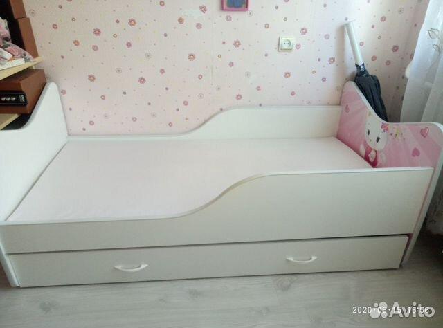 Кровать для девочки китти 1.65*82см. Площадь