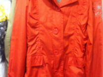 Куртка легкая на девочку