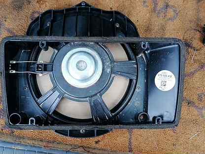Динамик задней панели с крышкой на Audi A5 (8T)