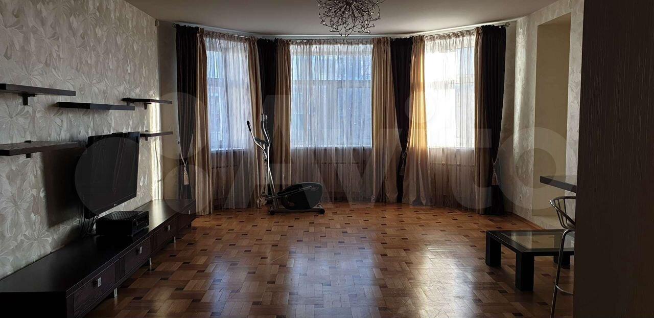 3-к квартира, 183.9 м², 3/5 эт.